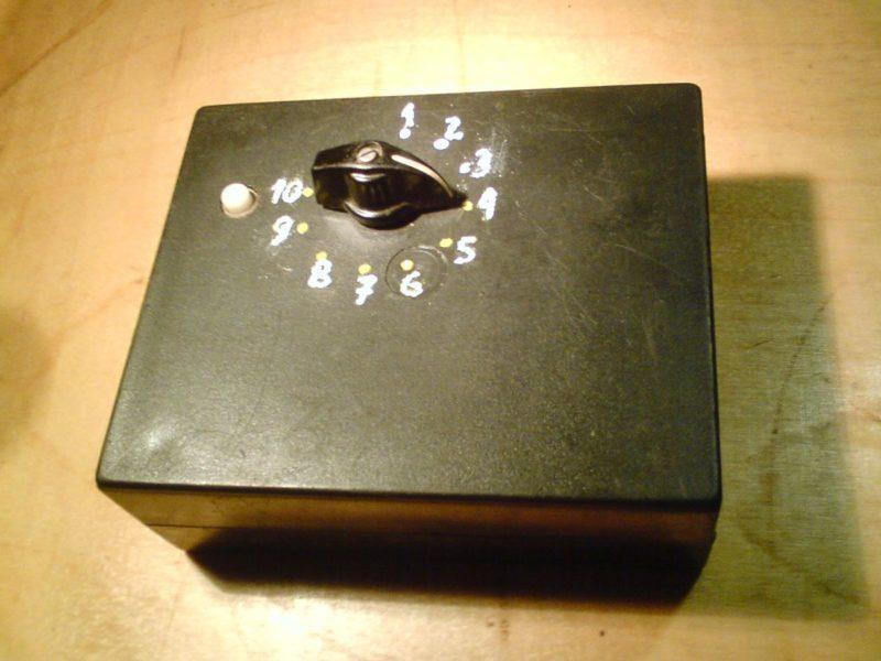 Блок переключаемых конденсаторов для ремонта и проверки схем