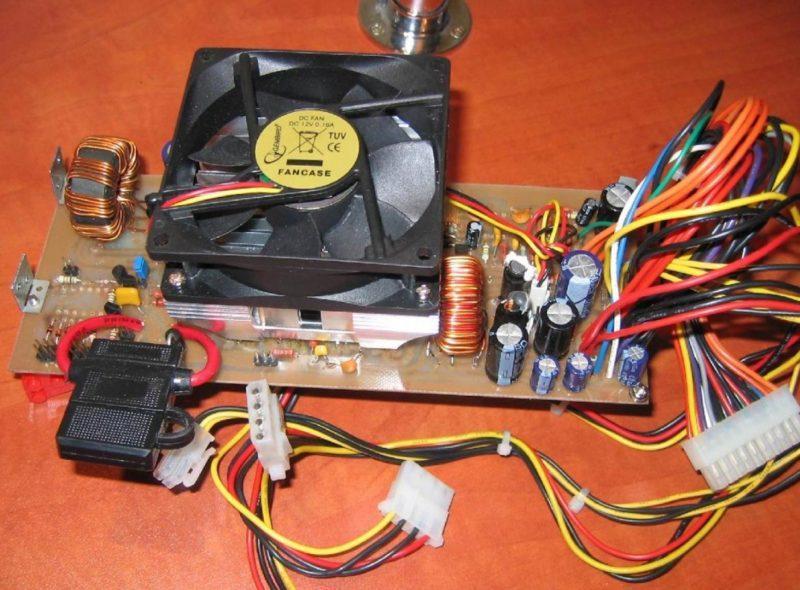 Блок питания, питающий компьютер от 12 В (схема на базе ATX)
